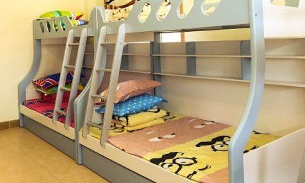 28 stycznia – łóżko piętrowe w krzywym zwierciadle